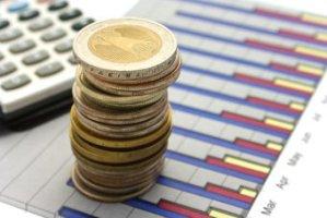 Как совершаются авансовые платежи по налогу на прибыль