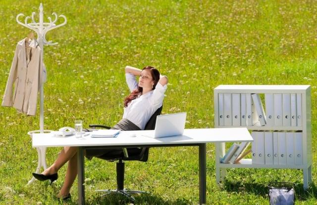 C:\Users\ВОВА\Desktop\БУХГУРУ\июнь 2018\ВЕБ На сколько должен быть сокращен рабочий день в жару\rabochij-den'-zhara.jpg