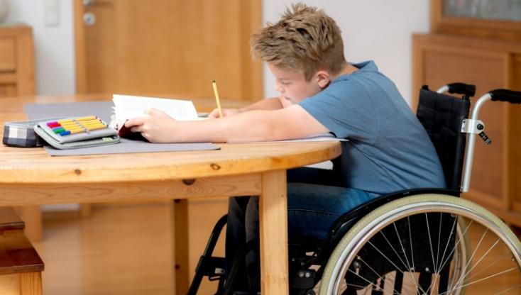 C:\Users\ВОВА\Desktop\БУХГУРУ\июнь 2018\ВЕБ Новые льготы по имущественным налогам с 2018 года на ребенка-инвалида\rebenok-invalid.jpg