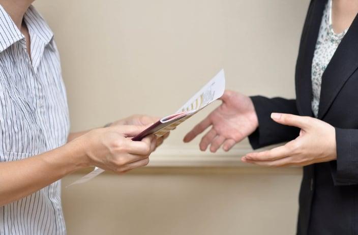 Как заполняется акт приема-передачи трудовых книжек. Как правильно составить акт приема-передачи трудовых книжек и в каких ситуациях он необходим